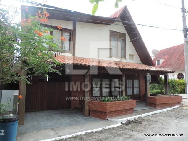Ótima Casa, 4 Quartos, Cond. Fechado, Excelente Localização *ID: A-13