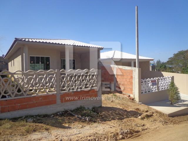 Casa moderna, 2 Quartos, Quintal amplo, Ótimo acabamento *ID: IP-03